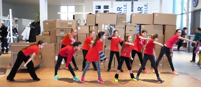 Bild: Tanzstudio Let's Dance With Hannah Hofmann: I Männchenmesse 2016